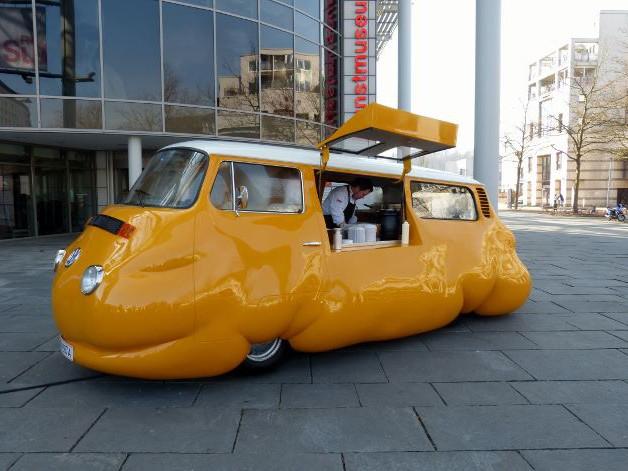 Erwin Wurm, Curry Bus, 2015 Foto © Urszula Usakowska-Wolff