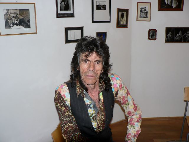 """Vanesco in der Ausstellung """"An die Grenzen gehen"""", Instituto Cervantes Berlin, 2012. Foto © Urszula Usakowska-Wolff"""