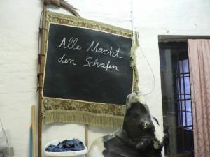 Iris Schieferstein, Alle Macht den Schafen, 2012. Foto © Urszula Usakowska-Wolff