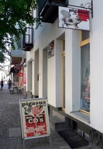 »Pigasus« in der Torstraße 62: Polnische Plakatgalerie in Berlin-Mitte. Foto © Urszula Usakowska-Wolff