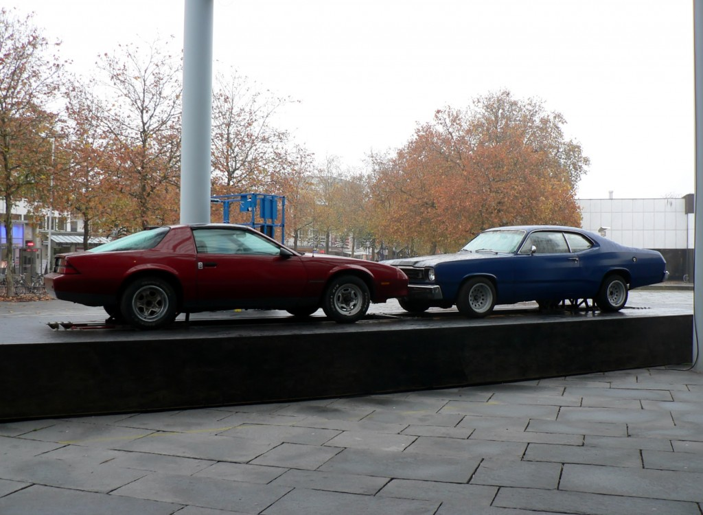 Jonathan Schipper, The Slow Inevitable Death of American Muscle, 2007/2008. Foto © Urszula Usakowska-Wolff
