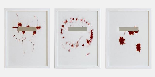 Anja Asche, Maske 1-3, 2018, Tinte auf Papier, Spiegelfolie, Rahmen. Foto © Anja Asche
