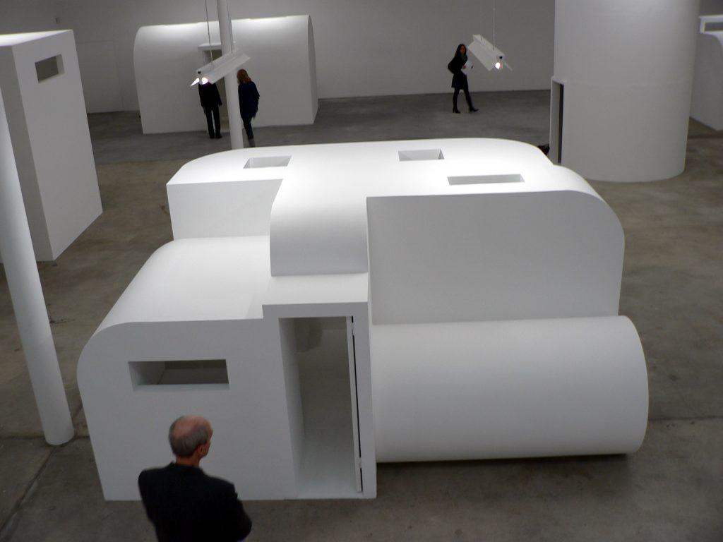 Absalon: Propositions d'habitation, 1992. Kunst-Werke Berlin. Foto © Urszula Usakowska-Wolff