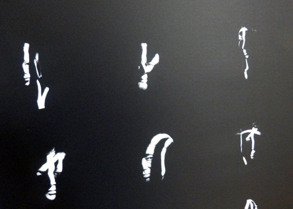 Jaques Sehy, 100 Köpfe, Ausstellungsfragment 3, HAL. Foto © Urszula Usakowska-Wolff