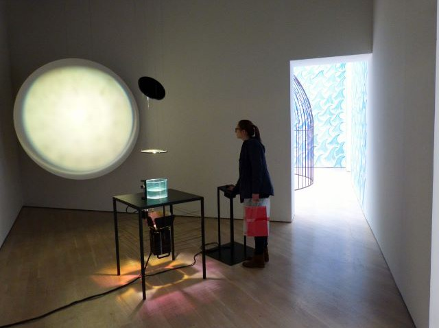 "Jeppe Hein, ""Pulse"", Kunstmuseum Wolfsburg. Foto © Urszula Usakowska-Wolff"