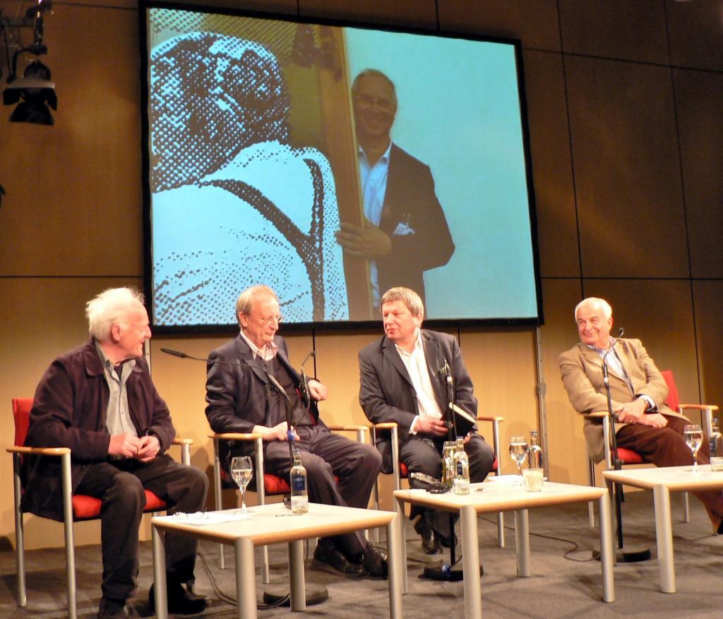"""""""Lange Polke-Ncht"""" mit Erhard Klein (l.), Klaus Staeck, Robert Kudielka und Jürgen Becker, AdK, 23.02.2011. Foto © Urszula Usakowska-Wolff"""