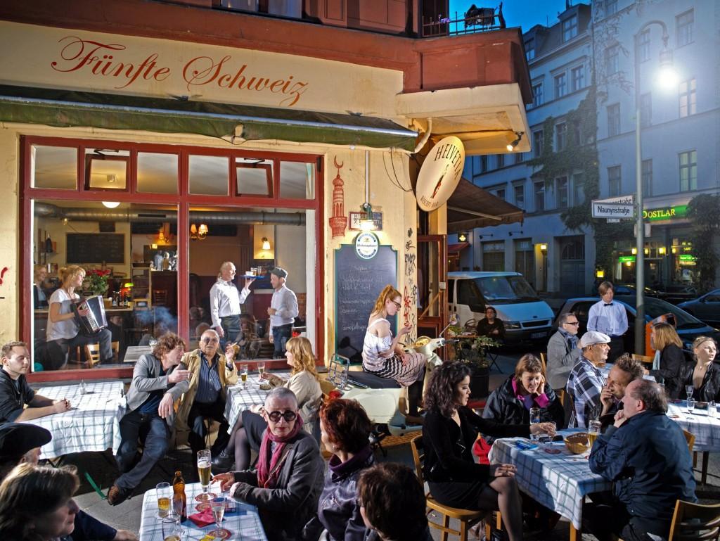 Helvetia Röschti-Bar: 5. Schweiz in Berlin-Kreuzberg. Foto © Andreas Riedel
