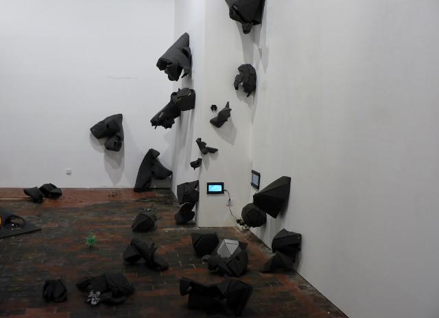 """Aisling O´ Beirn: Kosmische Installation """"Quantum Questions for Dummies"""". Foto © Urszula Usakowska-Wolff"""